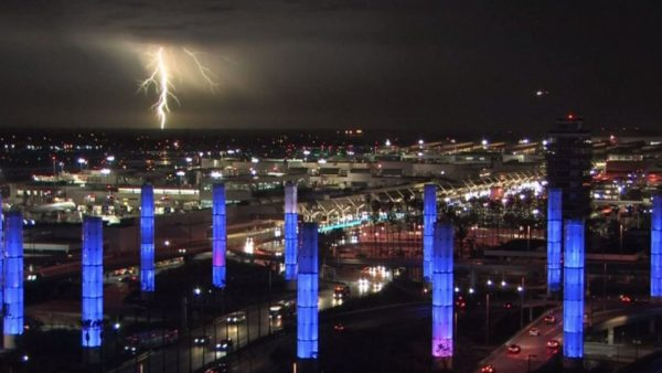 LAX Airport Temporarily Loses Power, Flight Returns to Airport Due to Lightning,