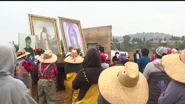 Image of the Virgin of Guadalupe Visits Field Workers in Moorpark – NBC Los Angeles