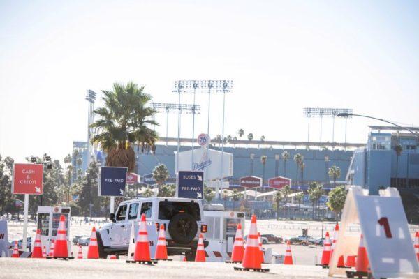 Anti-Vaccine Protesters Temporarily Shut Down Dodger Stadium COVID Vaccine Site – NBC Los Angeles