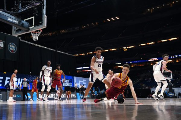 USC Falls to Undefeated Gonzaga 85-66 in Elite Eight – NBC Los Angeles