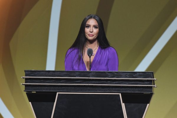 Kobe Bryant's Widow Vanessa Delivers Moving Speech at Hall of Fame Induction Ceremony – NBC Los Angeles