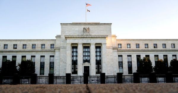 Fed Unity Cracks as Inflation Rises and Officials Debate Future