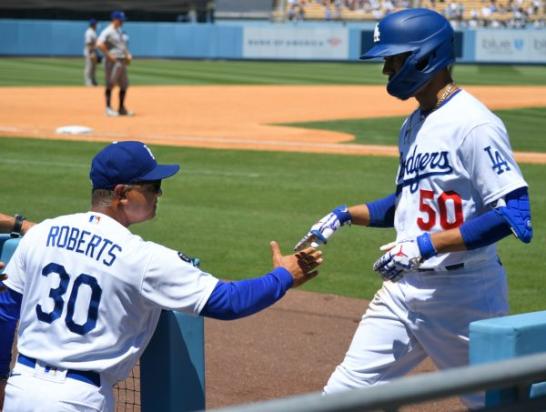 Dodgers Hang on to Beat Rangers 5-3 Thanks to Mookie Betts' Homer – NBC Los Angeles