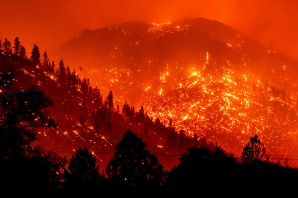 Key Decisions When Fighting Wildfires – NBC Los Angeles